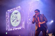 Billy Joel Tribute UK onstage at Pontins (02)